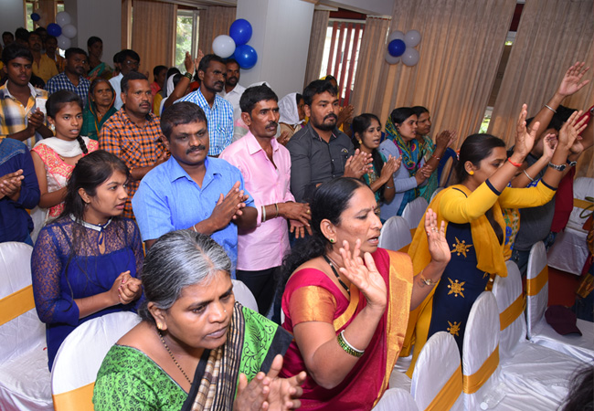 Bro Andrew Richard wonderfully celebrates his 57th Birthday amidst a large number of devotees and social organisations here on Tuesday 16th, 2018 in Bangalore with the myriad of wishes.